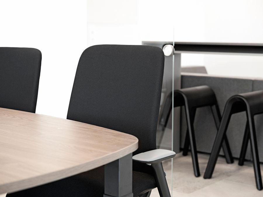 Der Coworking Space Haren ist ausgestattet mit Büroeinrichtung von PALMBERG